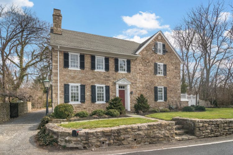 215 N Bethlehem Pike, Fort Washington, Pa 19034